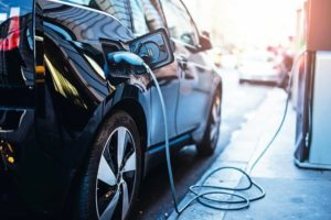 Hybrid- und Eelektrofahrzeuge: Trocknungstemperatur beachten