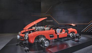 """Zahlreiche wichtige Teile des Mercedes-Benz 300 SL """"Gullwing"""" sind jetzt wieder in originaler Werksqualität erhältlich."""