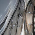 Schrammwerk Stahlplatten-Nieten-Optik